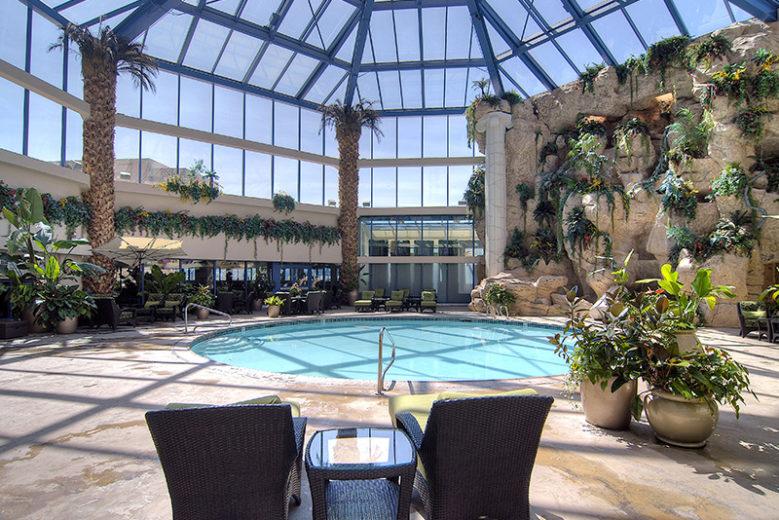 Atlantis Pool indoor