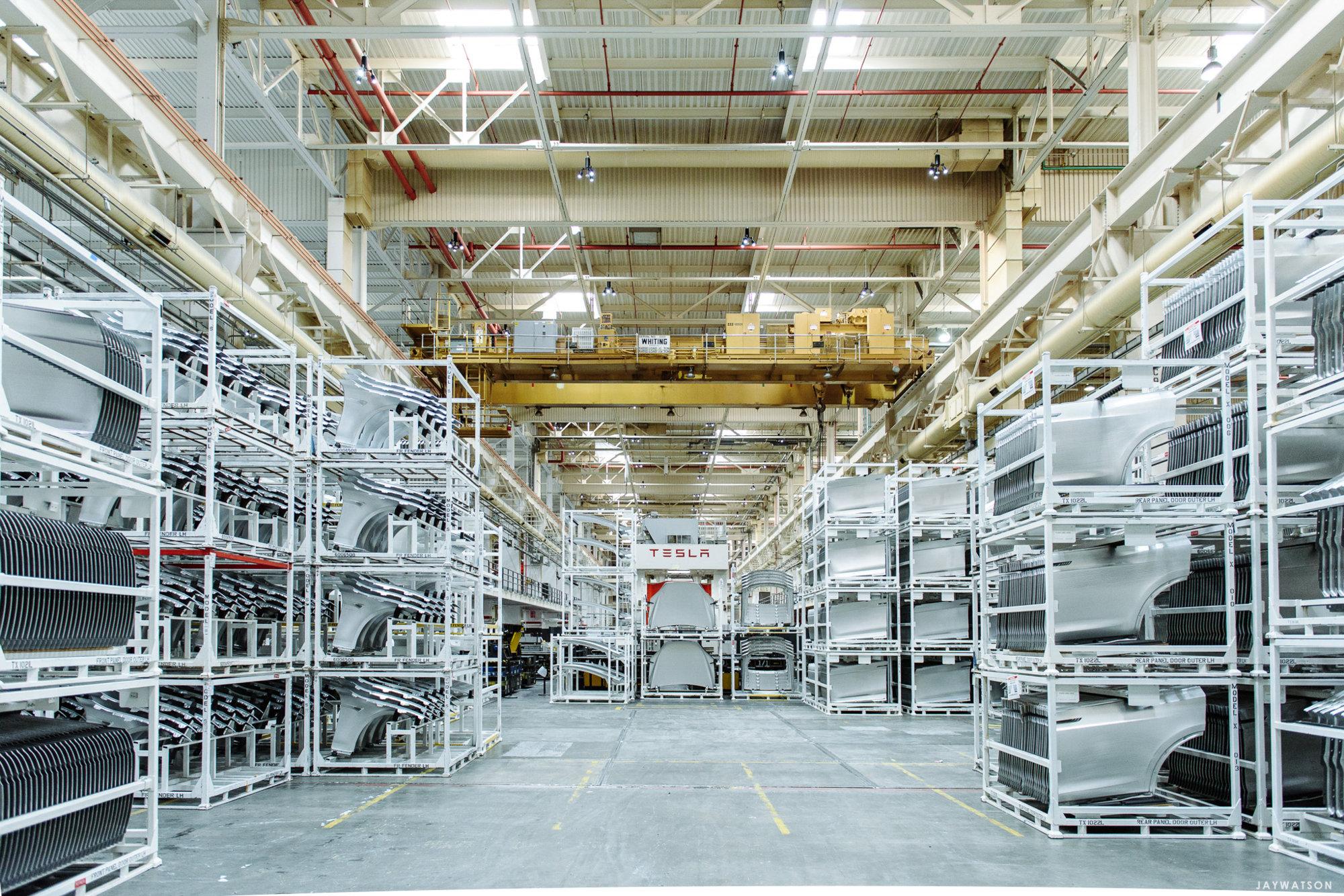 01-watson-tesla-factory-fremont-0028.jpg