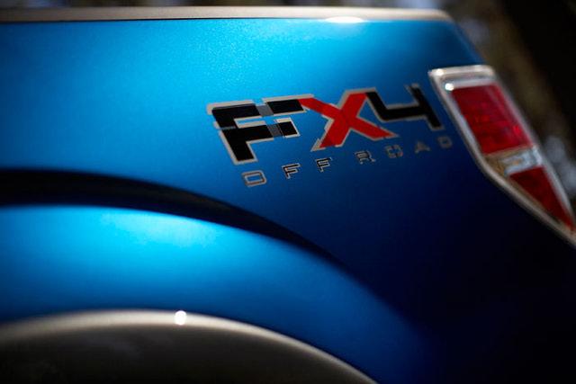 09F150FX4_badging.jpg