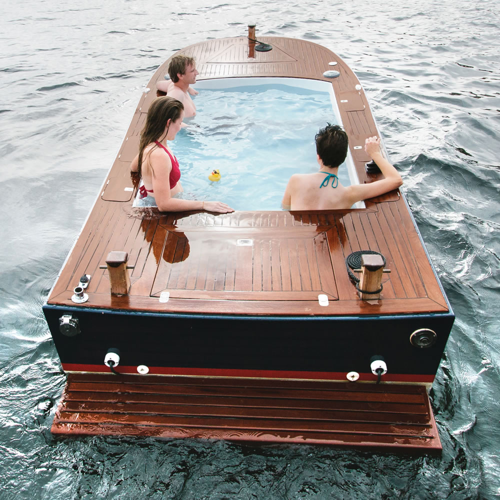 1-the-electric-hot-tub-boat.jpg