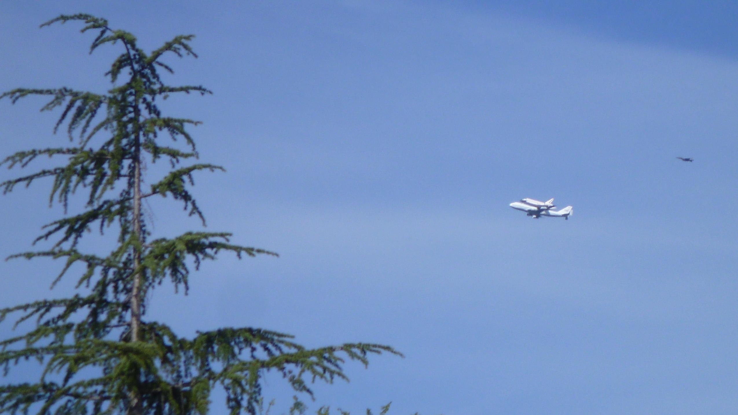 120921_002 shuttle.jpg