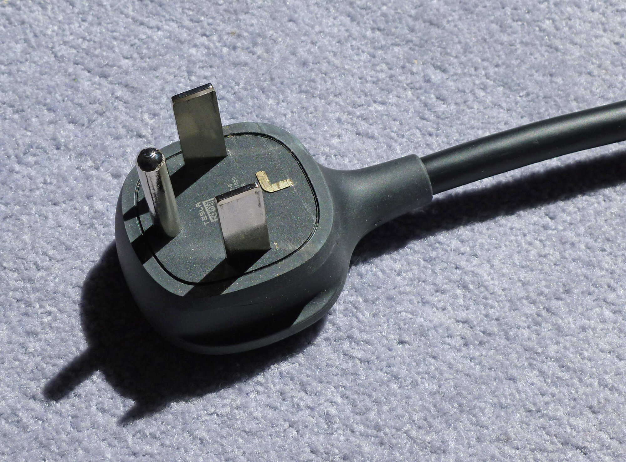 14-30 adapter with neutral pin removed2352crop 3-26-20.JPG