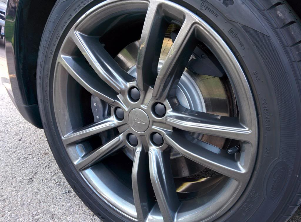 19 inch dark grey stock Model S wheels.jpg