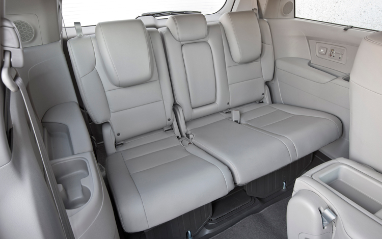 2011-honda-odyssey-touring-elite-grey-third-row-seats.jpg