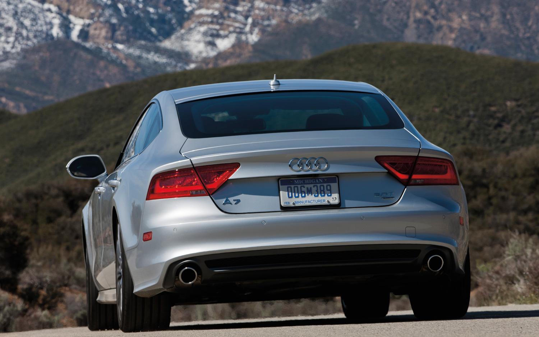 2012-audi-a7-rear-view.jpg