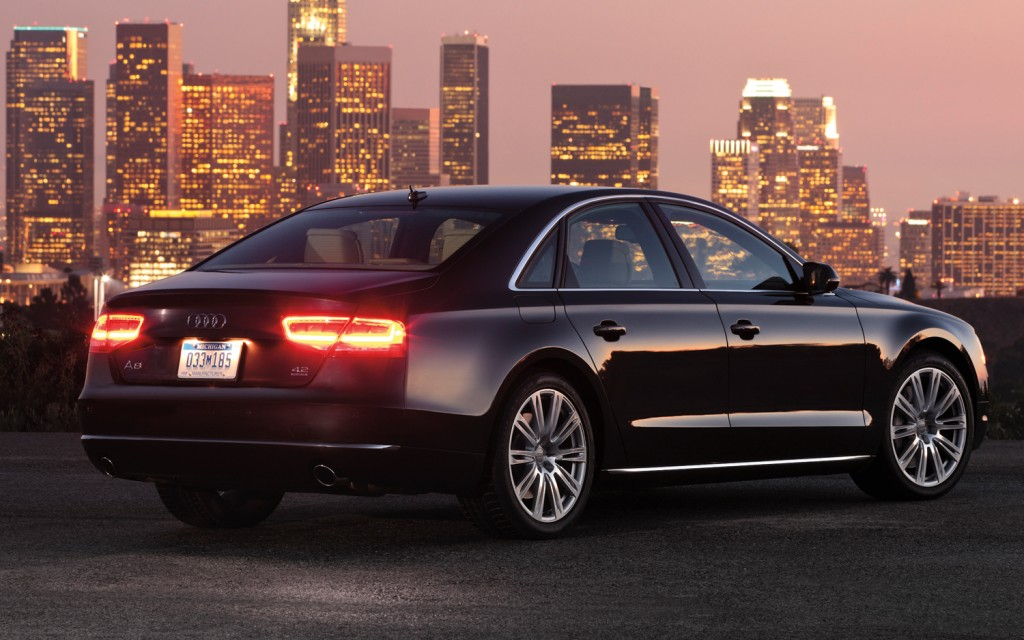 2012-Audi-A8-4.2-TFSI-right-rear-night-1-1024x640.jpg