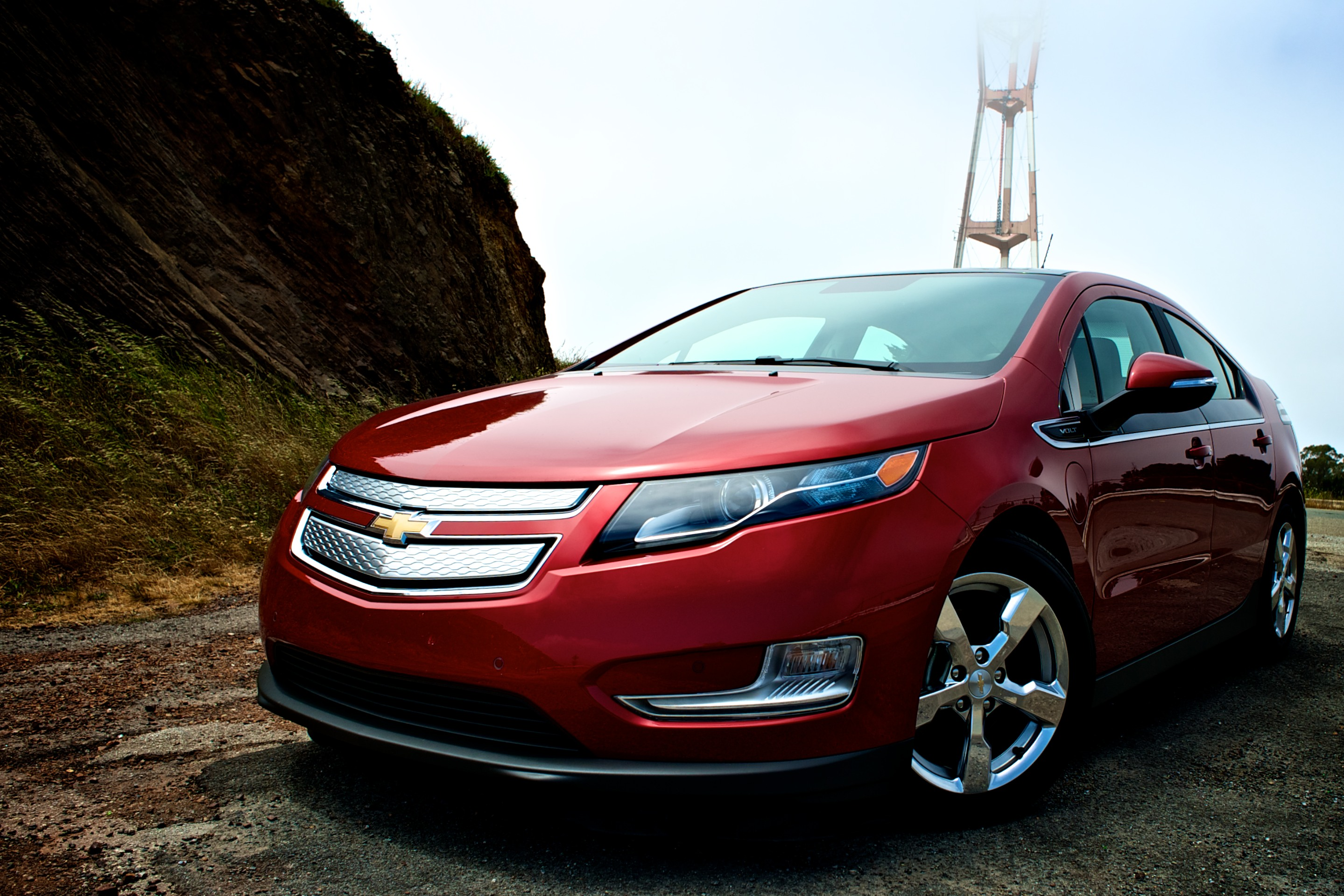2012-Chevy-Volt-in-San-Francisco-Twin-Peaks.jpg