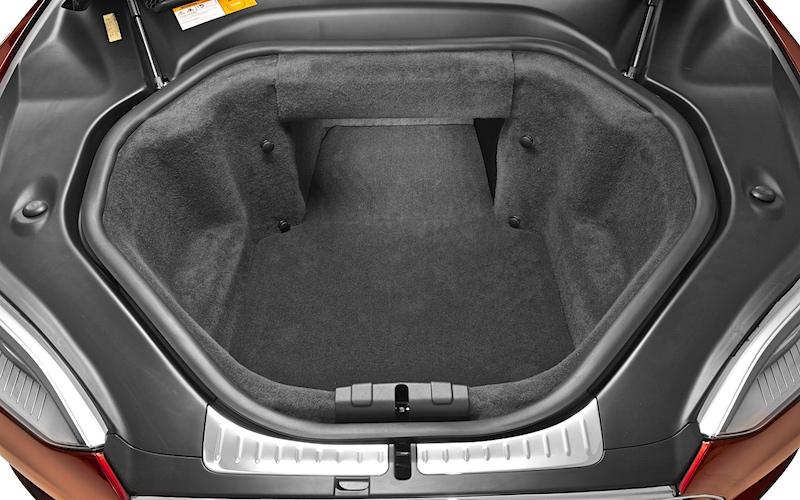 2012-tesla-model-s-front-trunk.jpg