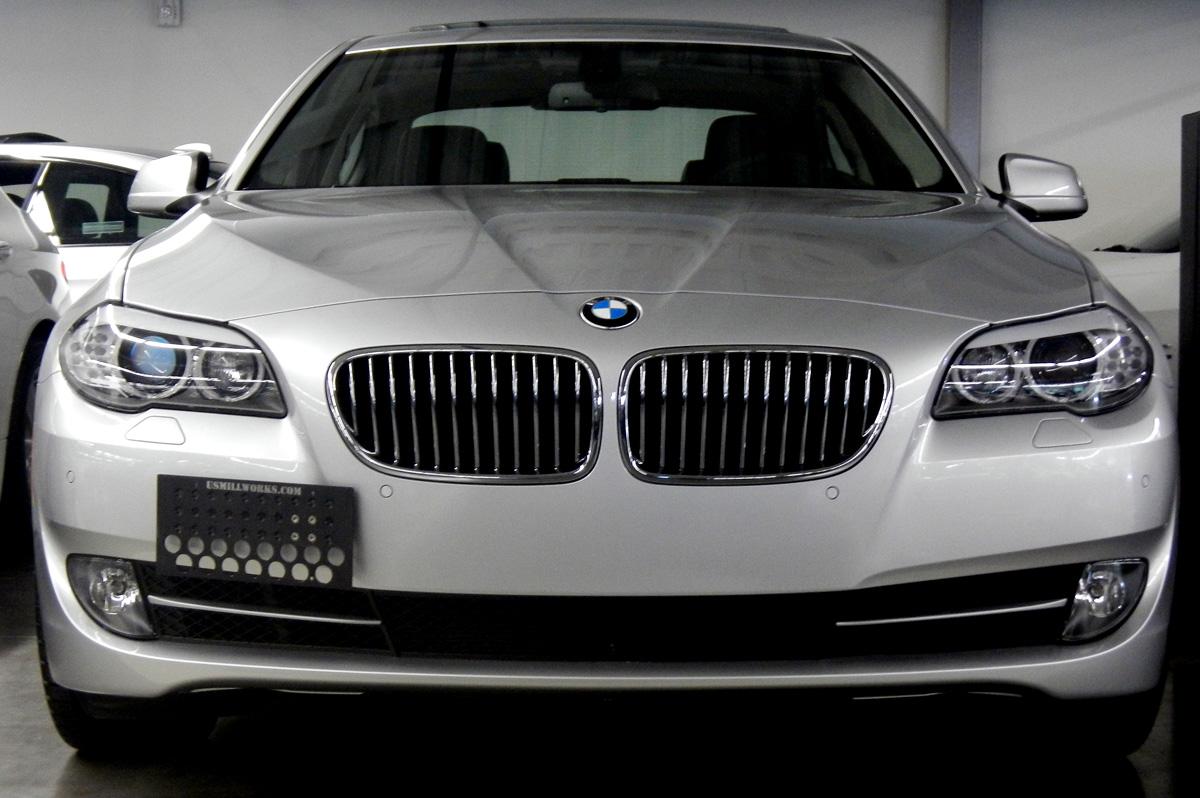 2012_bmw_535i_front_license_plate_1200.jpg