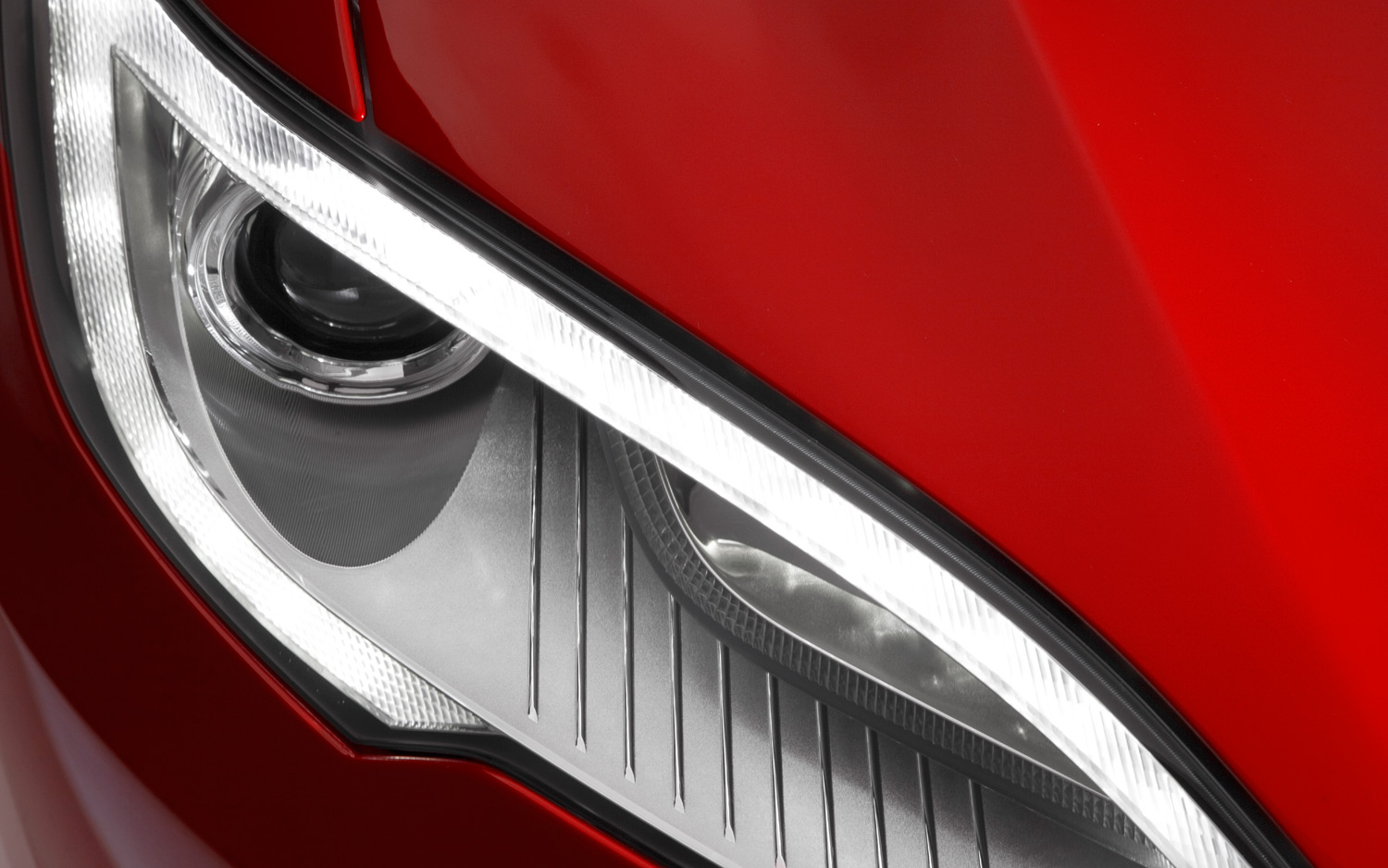 2013-tesla-model-s-headlight.jpg