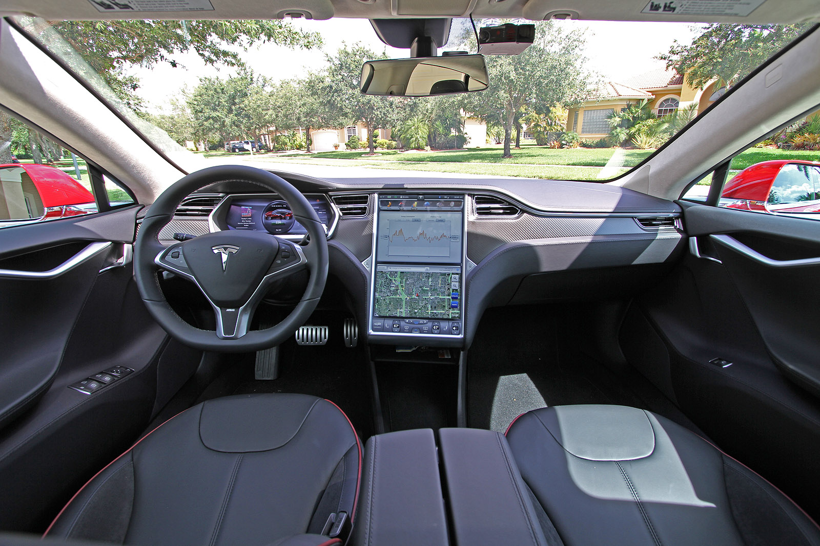 2013-tesla-model-s-p85-multi-coat-red-017.jpg