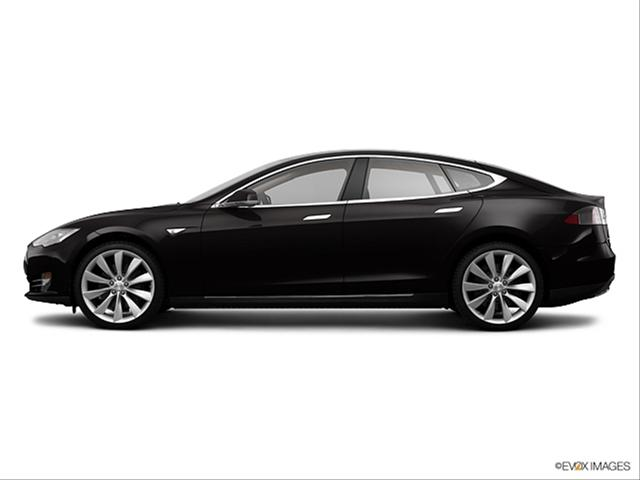 2013-tesla-model s-side_8319_001_640x480_evox01.jpg