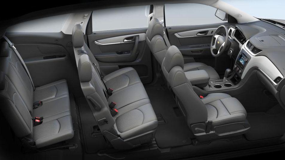 2014-Chevrolet-Traverse-Interior-2.JPG