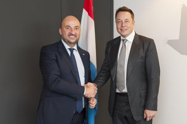 2015-09-23-Musk-LuxembourgEUEnergyMinisters.jpg