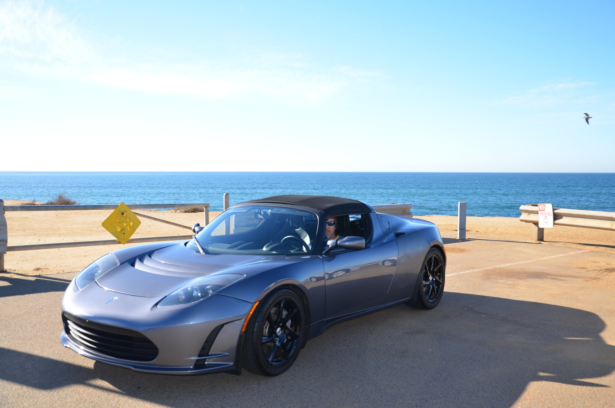 2015-12-18-Tesla-Roadster-on-Sunset-Cliffs-004.JPG