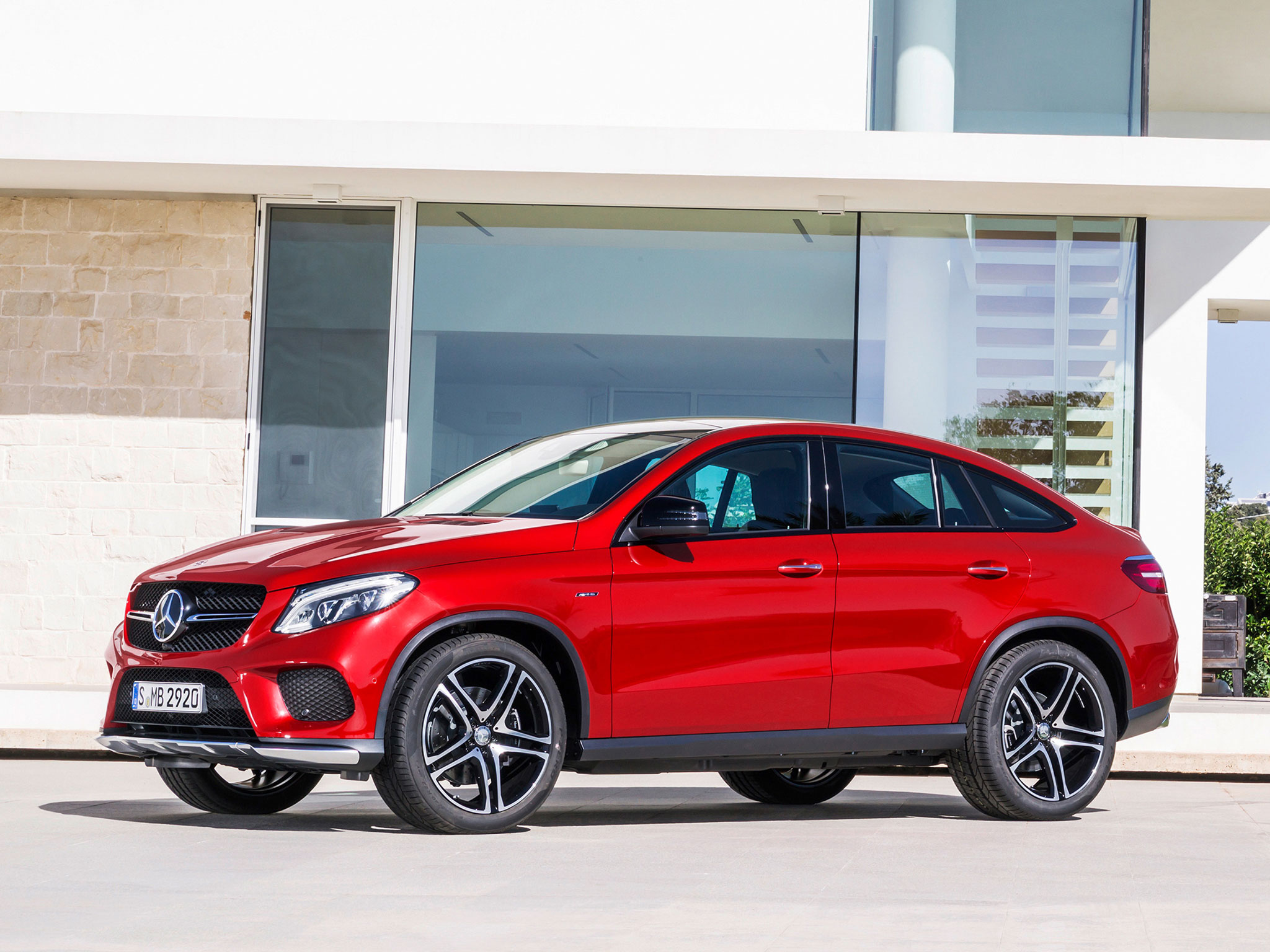 2016-GLE-CLASS-COUPE-FUTURE-GALLERY-008-WR-T.jpg
