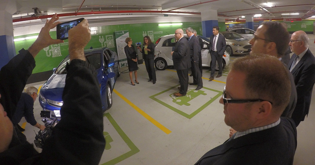 20160210_Ontario_EV_Incentive_Program_Announcement.jpg