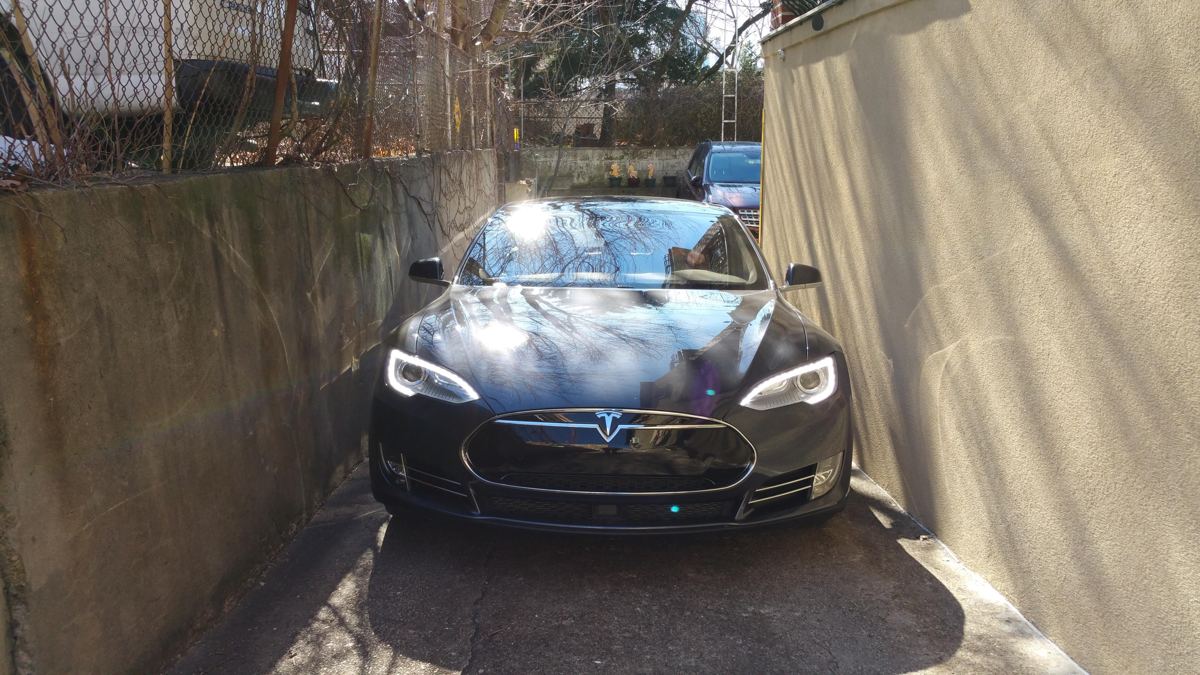 20160214_132250-models-tight-driveway.jpg
