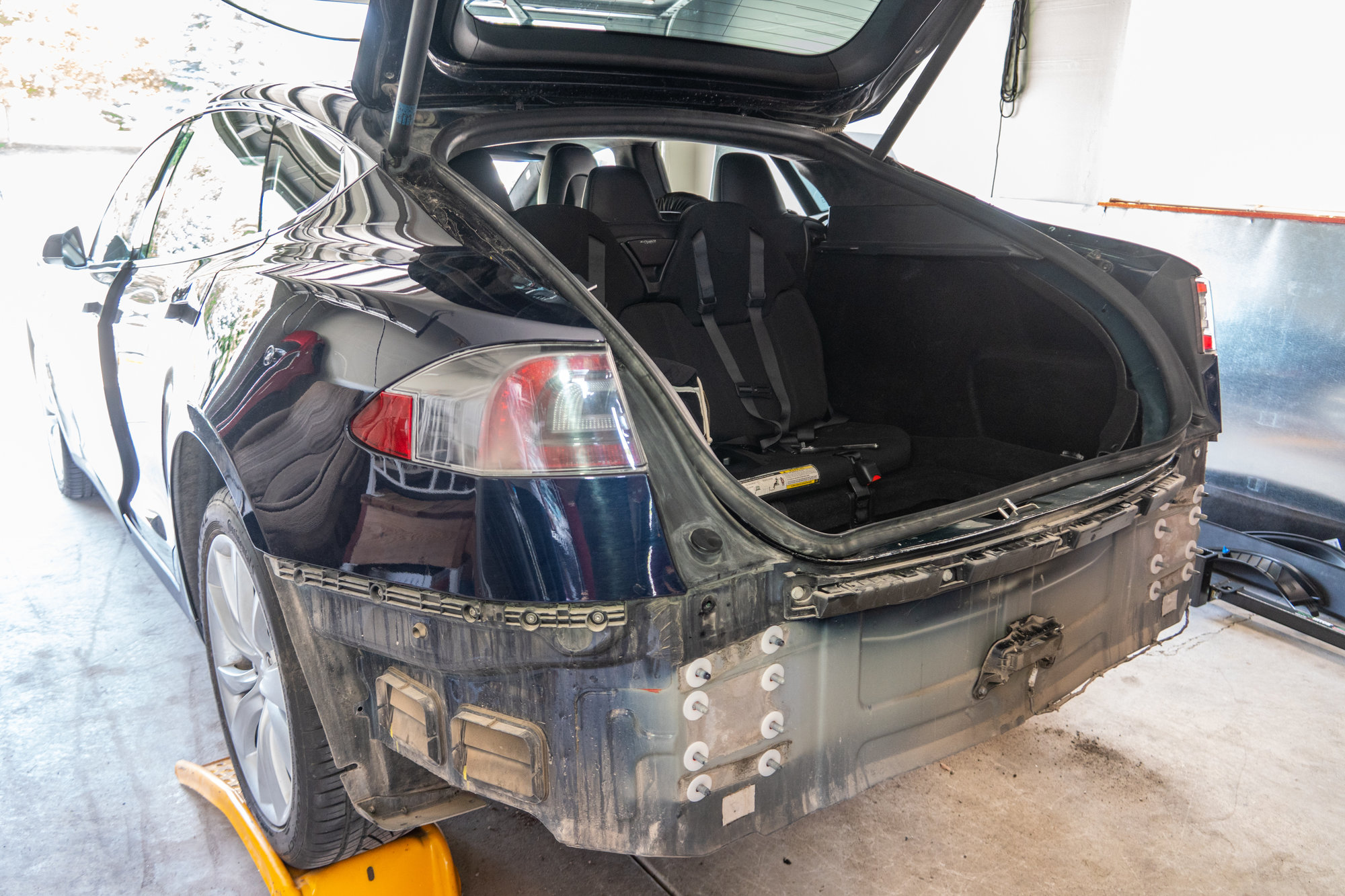 2020 05 30 Tesla Model S Trailer Hitch Installation 001.jpg