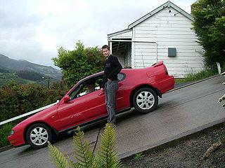320px-DunedinBaldwinStreet_Parked_Car.jpg