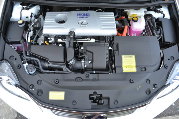 37582d1314896197-have-you-opened-your-cts-hood-2011-lexus-ct200h-engine.jpg