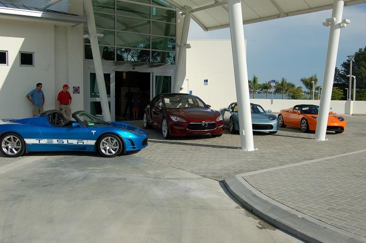 4 Teslas.jpg