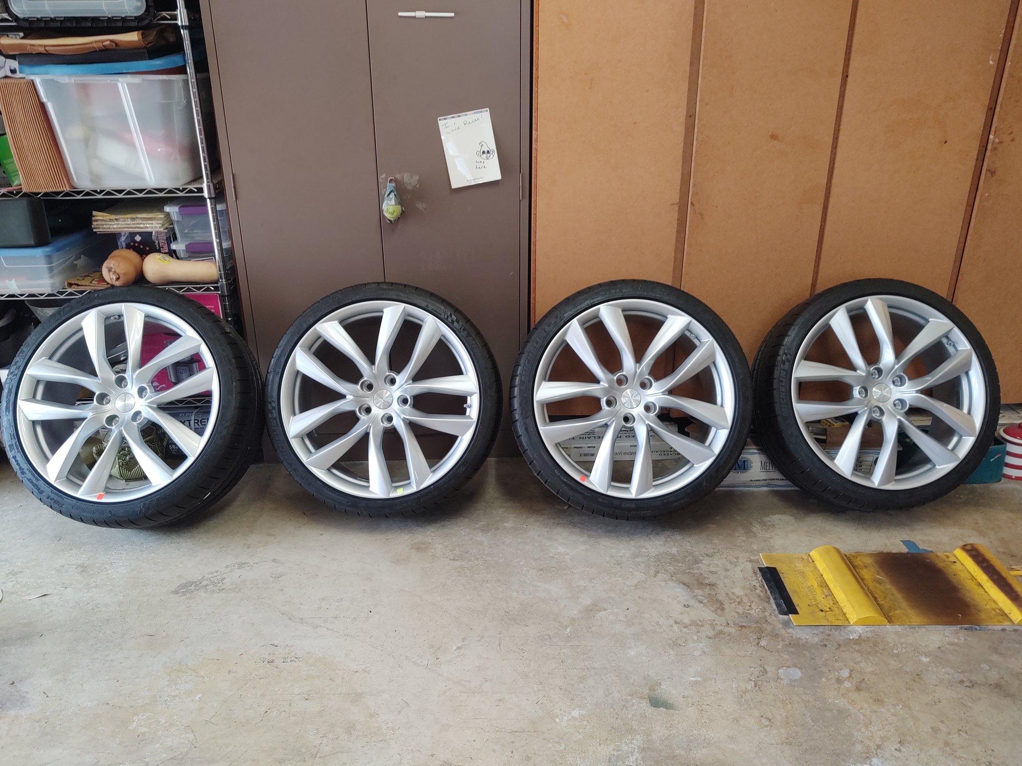 4 wheels.jpg