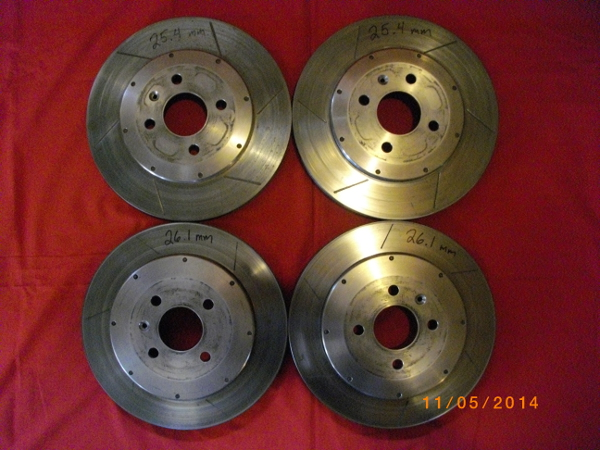 463914d1415226820-fs-two-piece-slotted-rotors-small_rotors.jpg