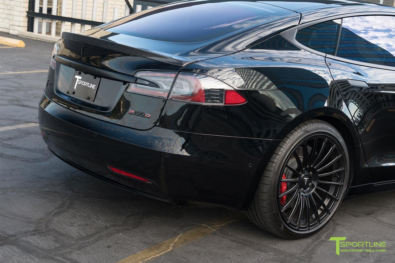 7 black-tesla-model-s-carbon-fiber-trunk-wing.jpg