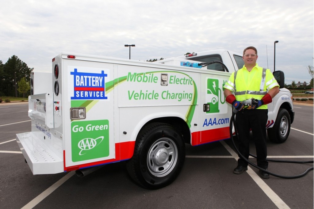 aaas-mobile-electric-vehicle-charging-truck-image-aaa_100356569_l.jpg