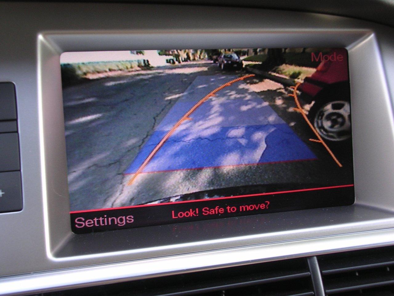 ag_07a6avant_backupcam.jpg