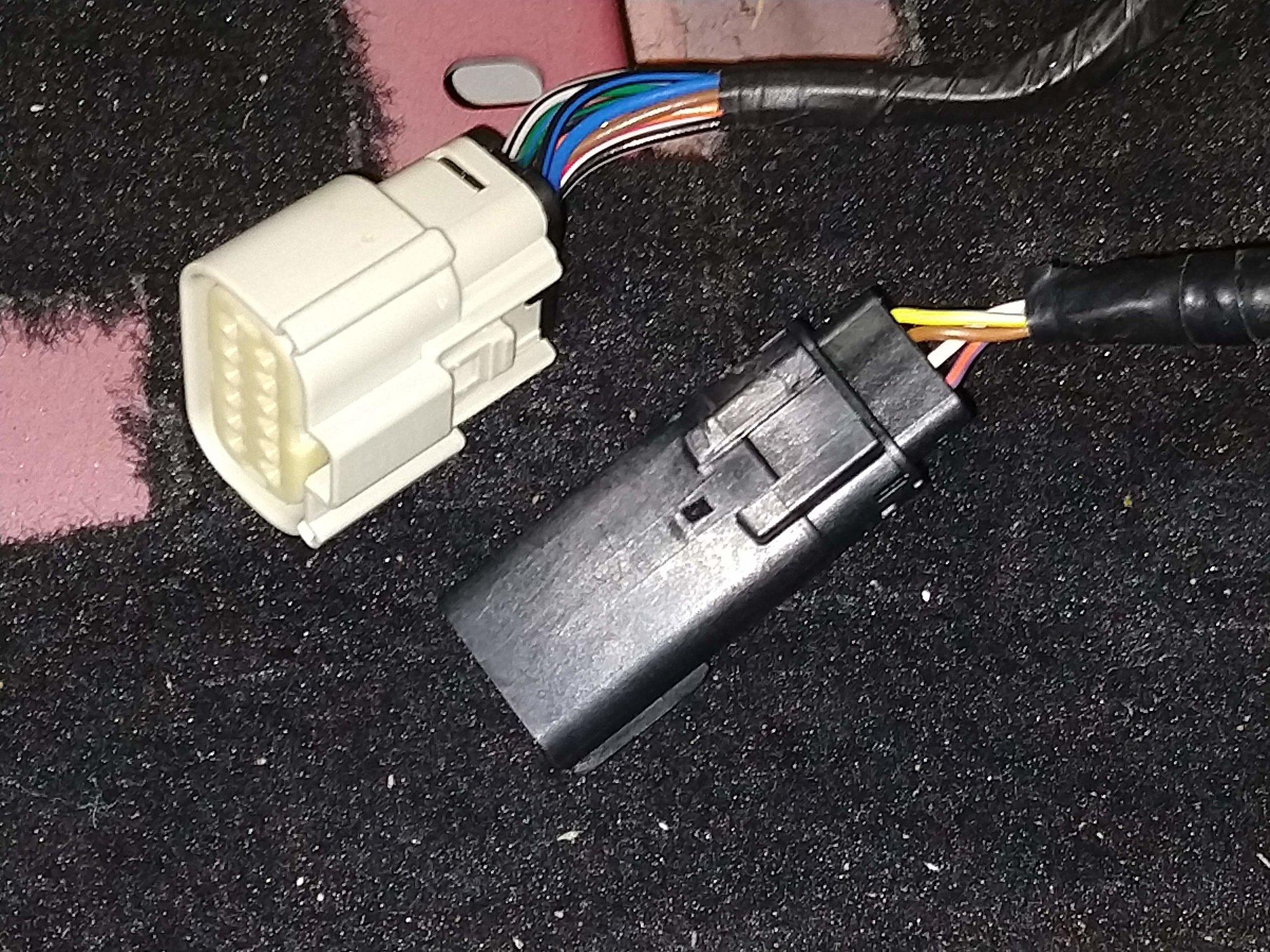 Airbag connector.jpg