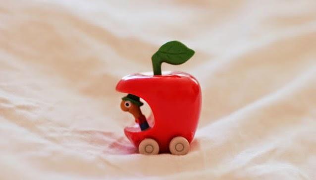 Apple%2BCar.jpg