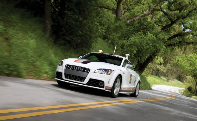 Audi-Autonomous-TTS-660x406.jpg