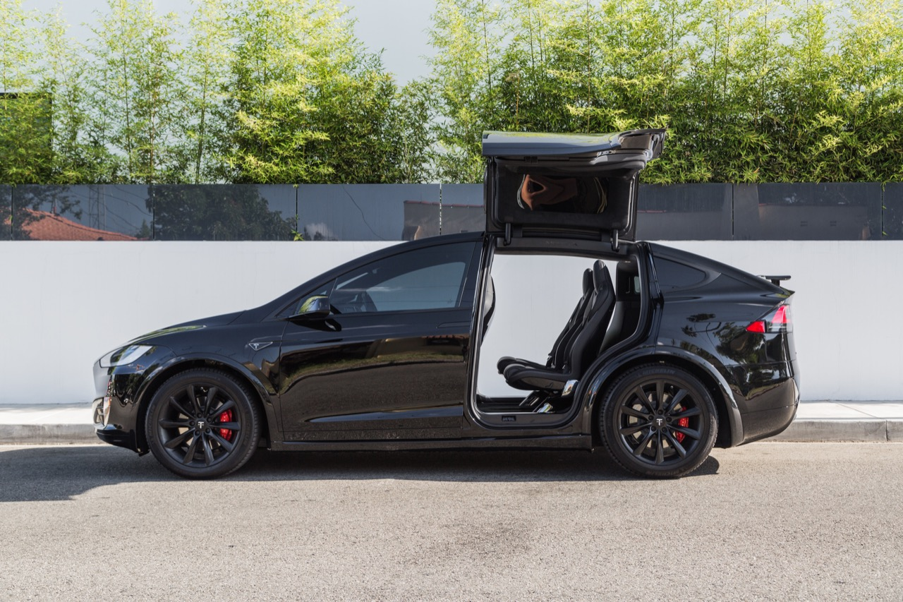 black-model-x-20-tst-matte-black-2-1280.jpg