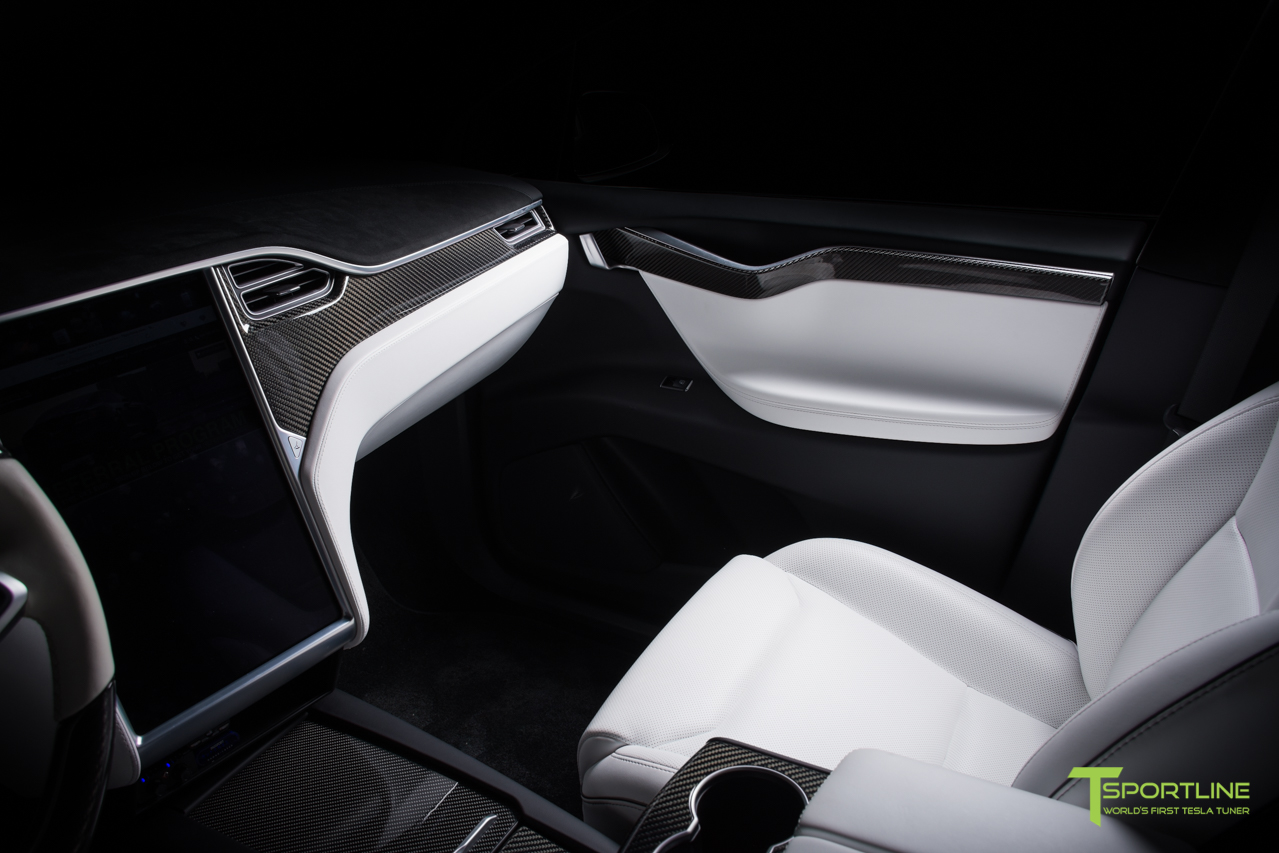 black-model-x-p100d-white-gloss-carbon-fiber-interior-flash-1.jpg