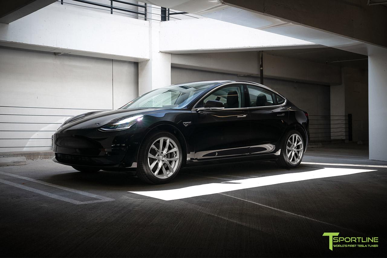 black-tesla-model-3-18-inch-arachnid-style-wheels-tss-flow-forged-wm-brilliant-silver-1.jpg