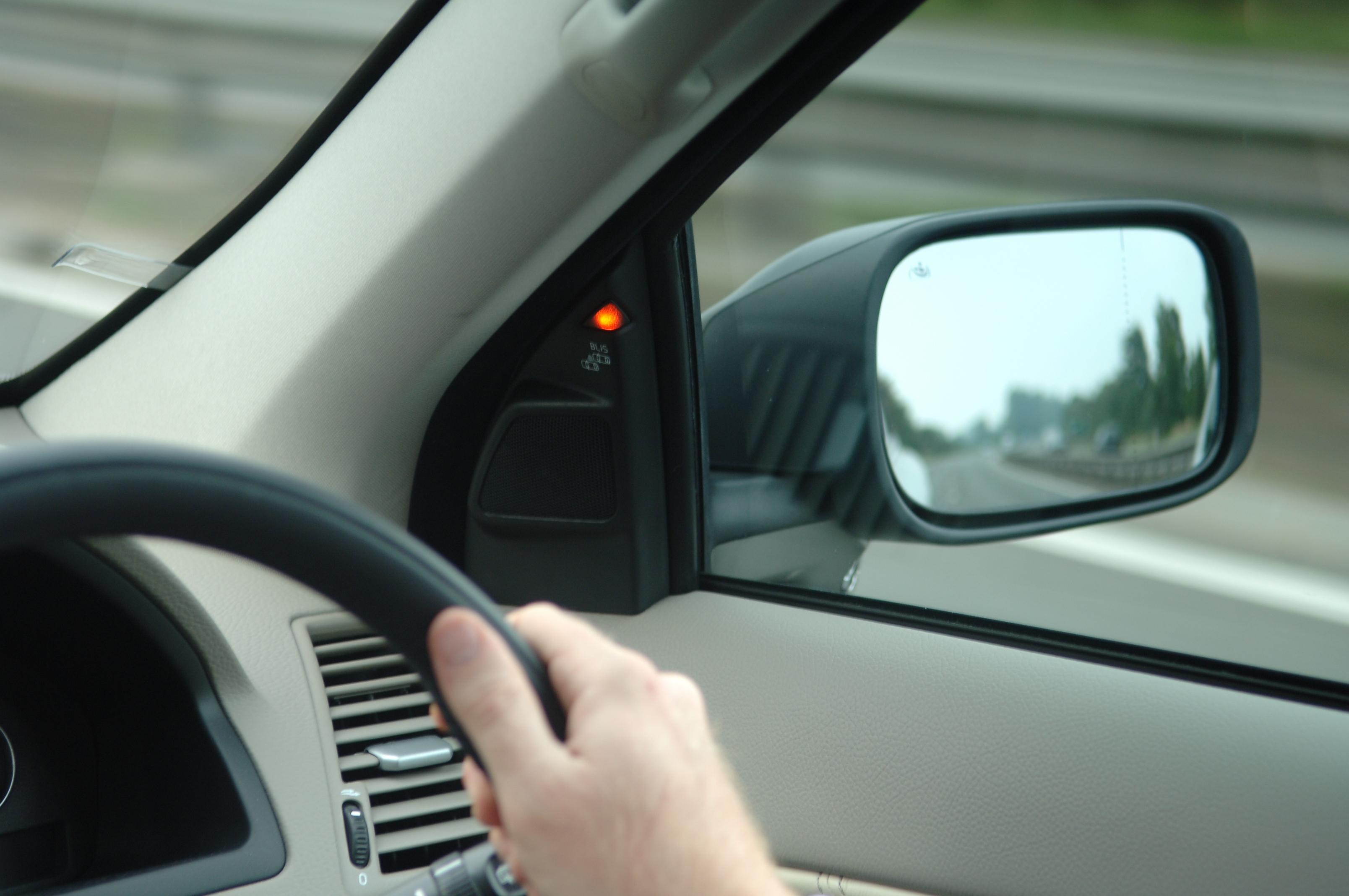 Blind_Spot_Volvo.jpg