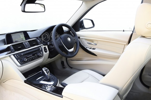 BMW-3-Series-white-interior-625x416.jpg