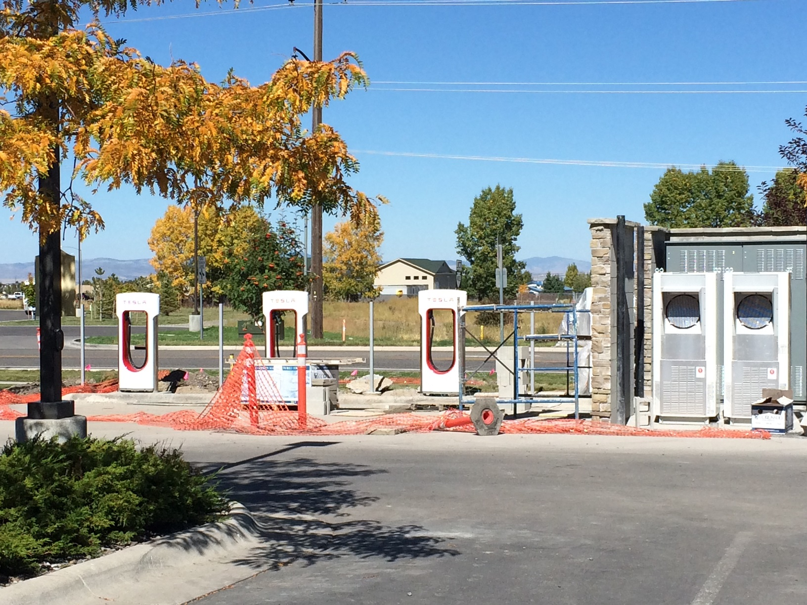 Bozeman_supercharger_20140922.jpg