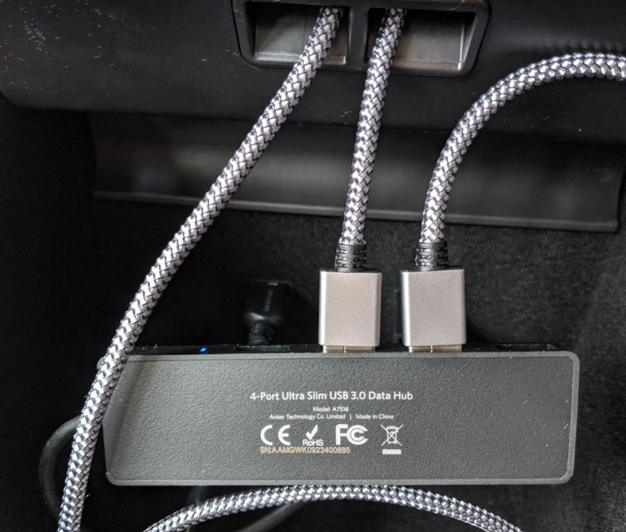 Cables3.JPG