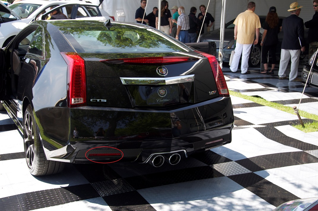 cadillac-cts-v-coupe-black-diamond-edition-20121.jpg