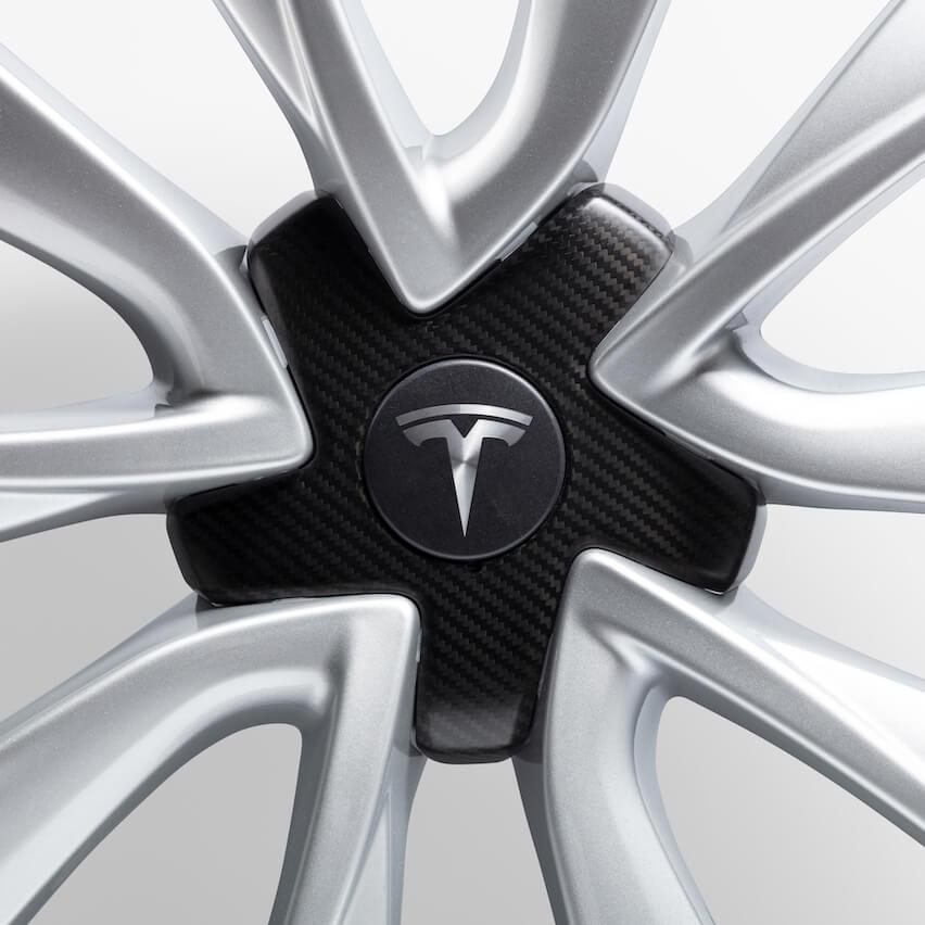 Carbon Fiber Wheel Cap.jpg