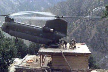 CHINOOK_ROOF_LANDING_IN_Afghanistan.jpg
