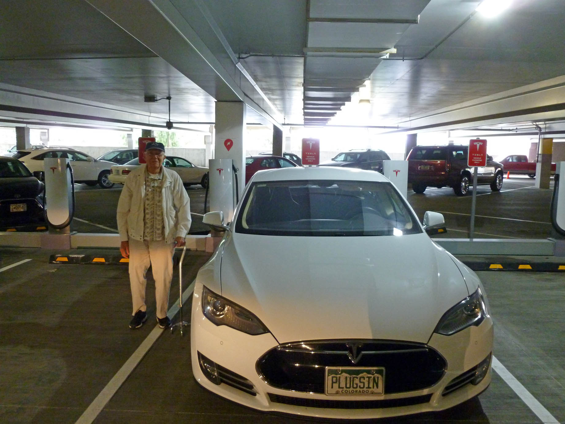 Dad with Model S at Tigard Supercharger2029sf 5-17-18.jpg