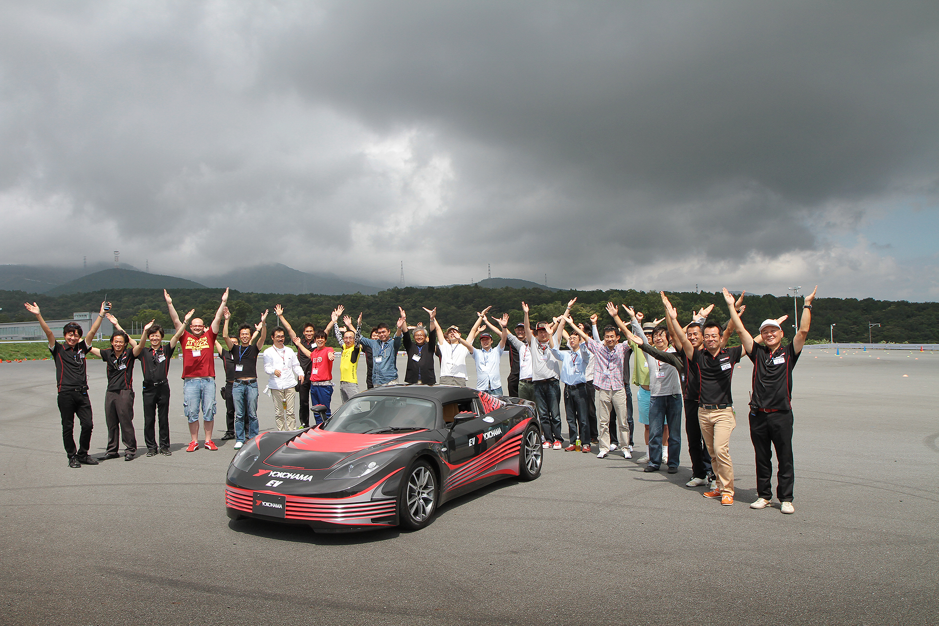 Dino-Fuji-Driving-Course-02.jpg