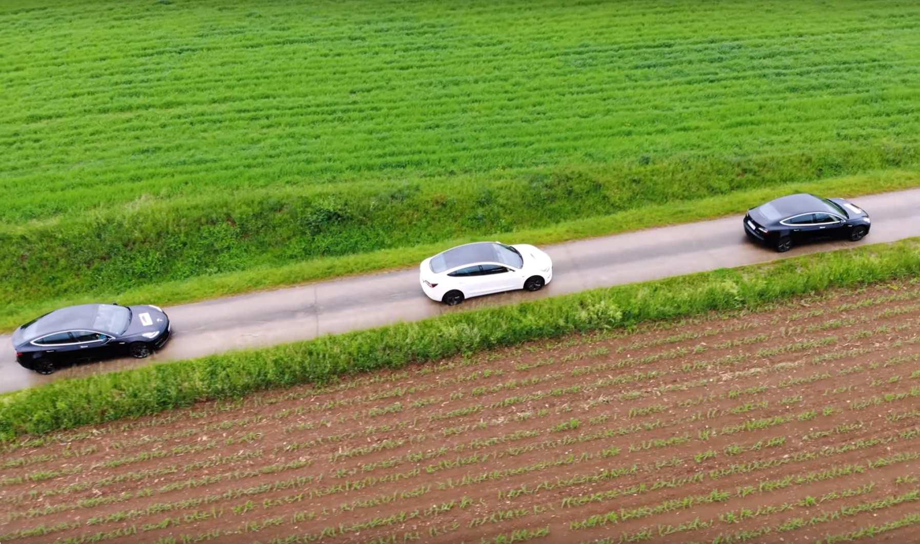 Drone_3M3_schaeg_oben.jpg