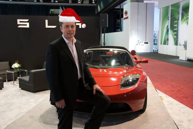 elon-musk-roadster-xmas-hat-01.jpg.662x0_q70_crop-scale.jpg