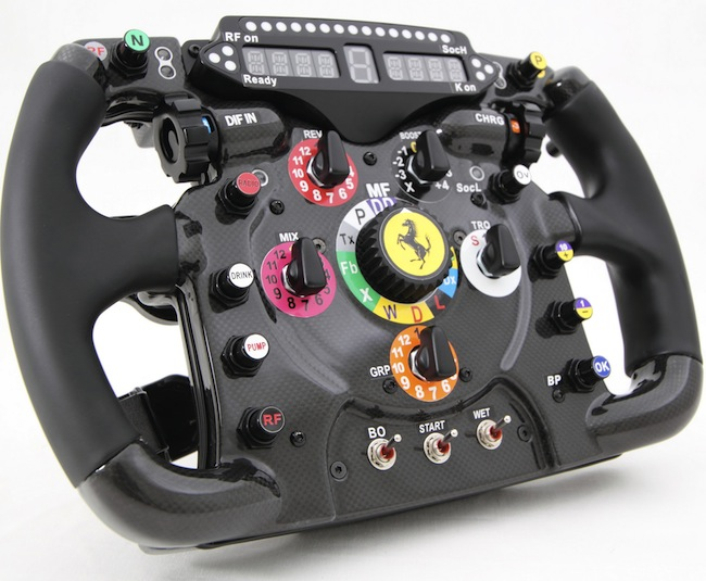 Ferrari-Replica-Steering-Wheel.jpg