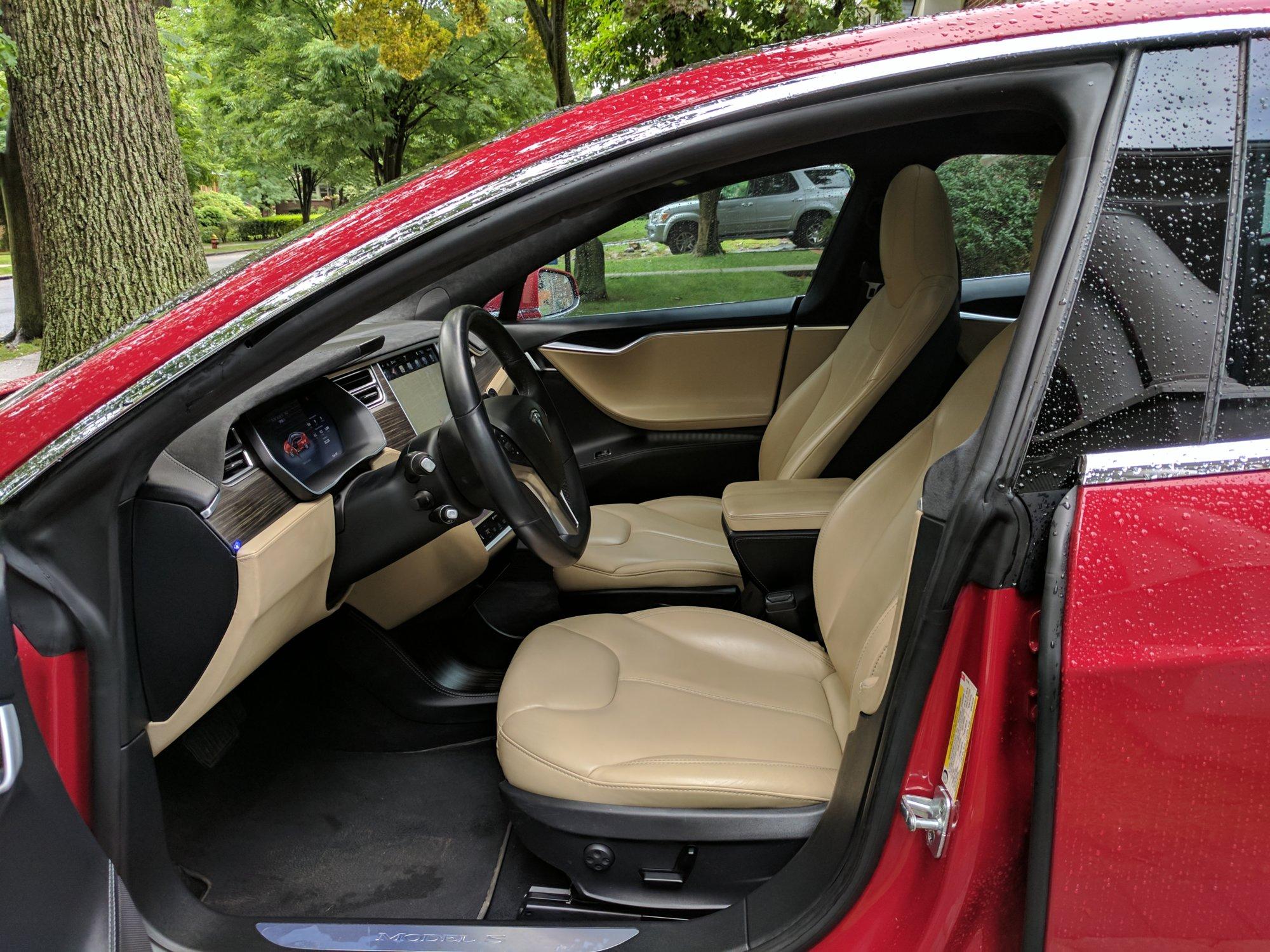Front Seat Detail.jpg